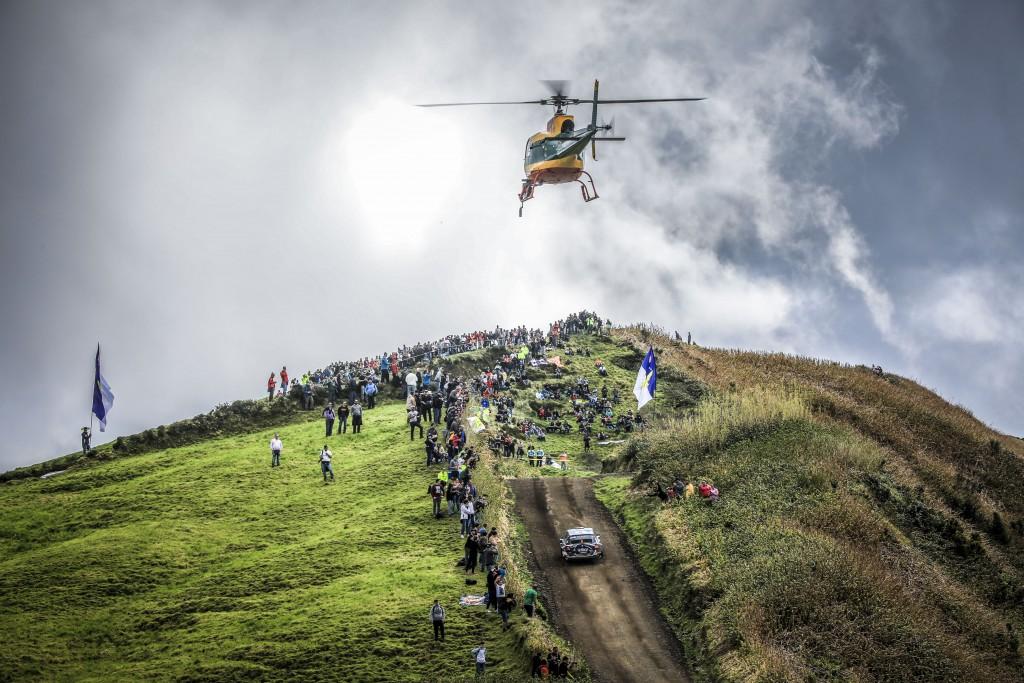 Os polacos Lukasz HABAJ e Daniel DYMURSKI (Sports Racing Technologies, Skoda Fabia R5) vencedores da edição de 2019 do Azores Rallye